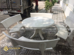 sản xuất Bàn ghế đá cong