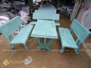 sản xuất bàn ghế đá mài màu xanh