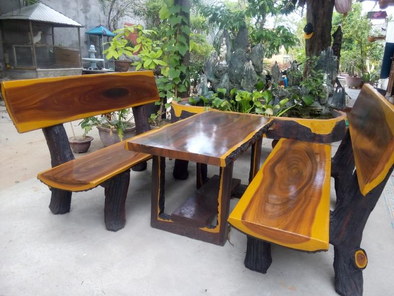 4 mẫu bộ bàn ghế đá tròn đẹp 2