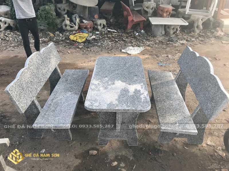 bàn ghế đá hoa cương 2