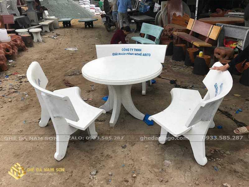 bàn ghế đá giá rẻ 4