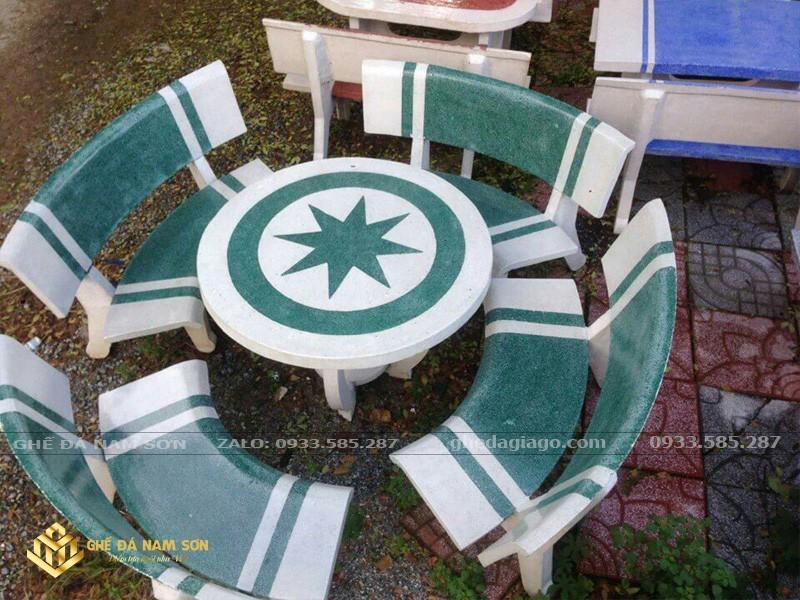 giá bộ bàn ghế đá sân vườn 3