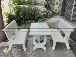 Nam Sơn bán bàn ghế đá màu trắng