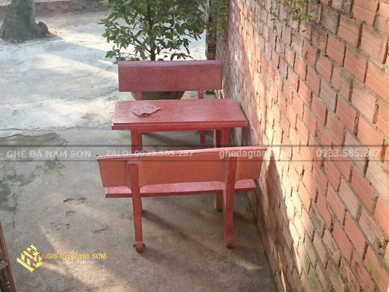 Sản xuất Bộ bàn ghế đá màu đỏ