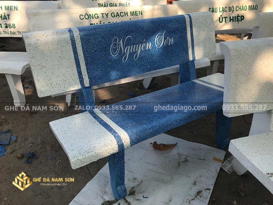 cơ sỏ sản xuất ghế đá trắng xanh