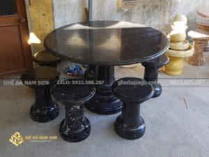 bán Bàn ghế đá tự nhiên tại ghế đá Nam Sơn