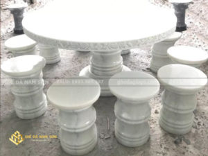 cung cấp Bàn ghế đá tự nhiên đẹp